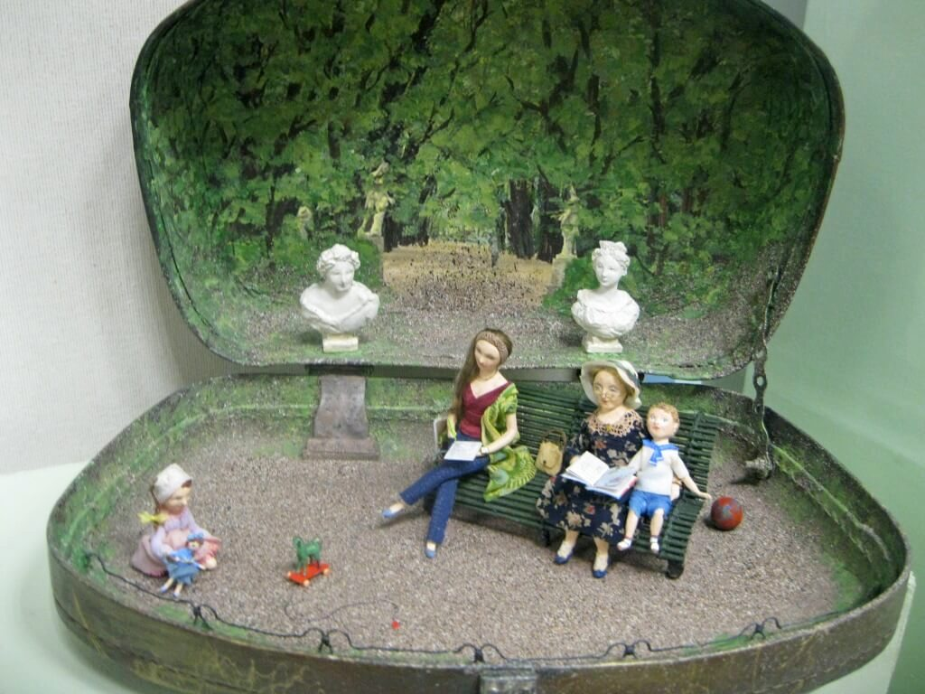 Выставочный проект «Северный город. Образ и Слово» в Петербургском музее кукол