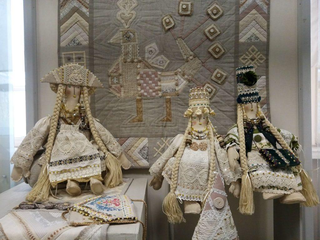 Выставка «Бабушкины сказки для современных детей» в Музее кукол